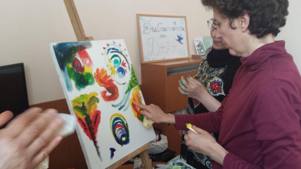Лили Вранчева рисува